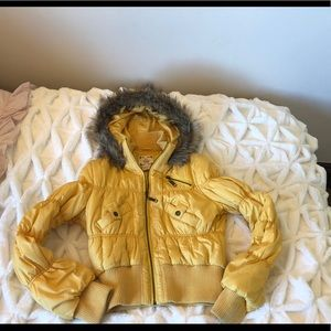 Mustard Puffer coat with fur trim hood!